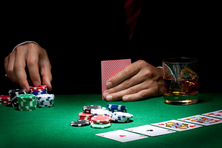 Just How Much Do Poker Players Make?